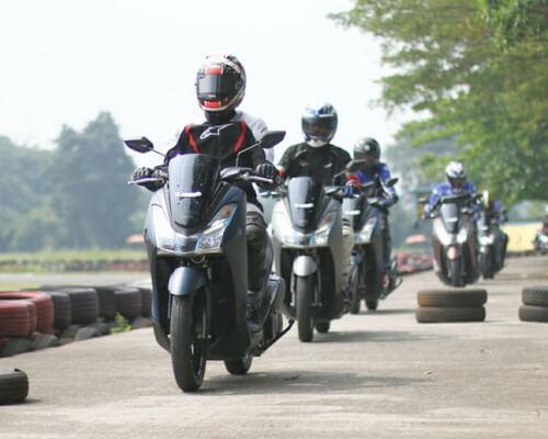 Harga Resmi Motor Yamaha Lexi 2018